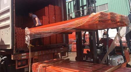 出口南美洲的广州货架仓储货架今天装柜完毕