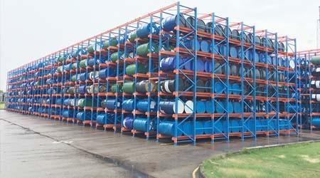 台风天气,户外轻中重型仓库货架会倒塌吗?【易达货架】