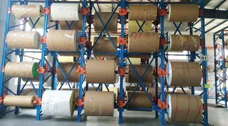 卷料存储使用哪种广州仓库重型货架?【易达货架】