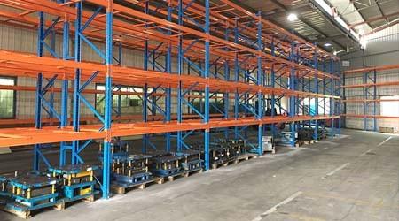 重型横梁式仓库货架的适合哪些行业货物存储?【易达货架】