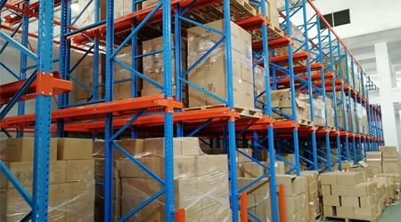 惠州重型仓库货架和智能货架哪一款便宜?【易达货架】