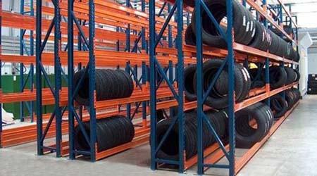 如何定做轮胎仓库货架才能物超所值?【易达货架】