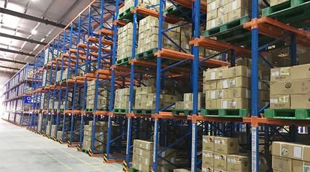 选择东莞通廊式货架供应商,可能这些秘密你还不知道【易达货架】